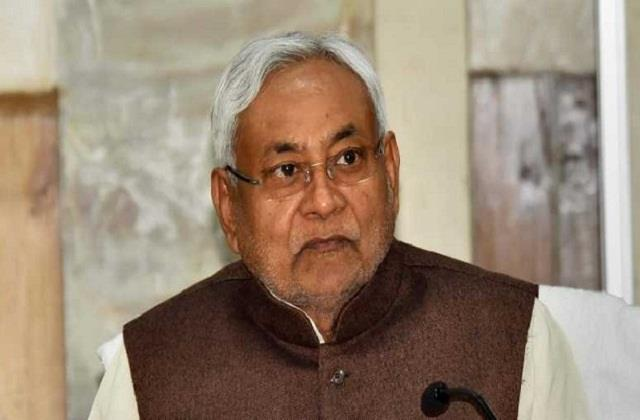 nitish mourns the death of sushil modi s brother