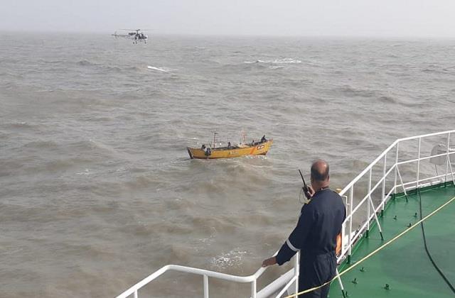 cyclonetauktae indian ship drowned at sea indian navy