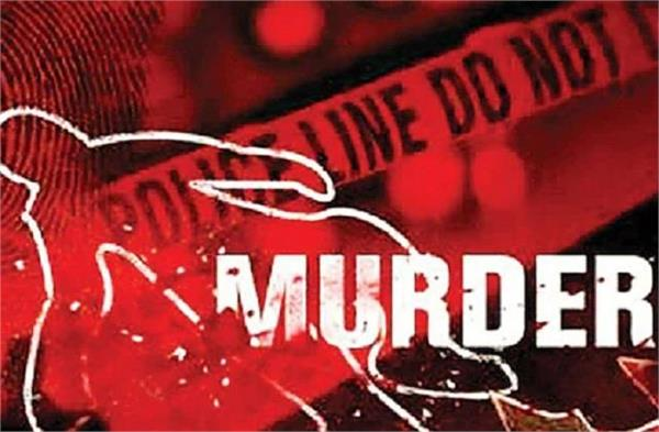 father strangles daughter to death due to insistence of love marriage