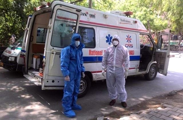 fare fixed for private ambulance in delhi too