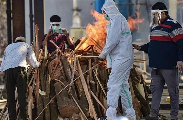 3 members of family died due to corona virus