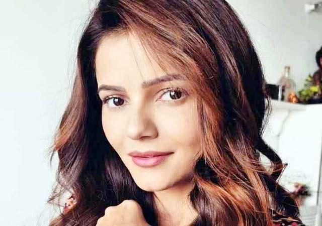 actress rubina dilaik corona positive