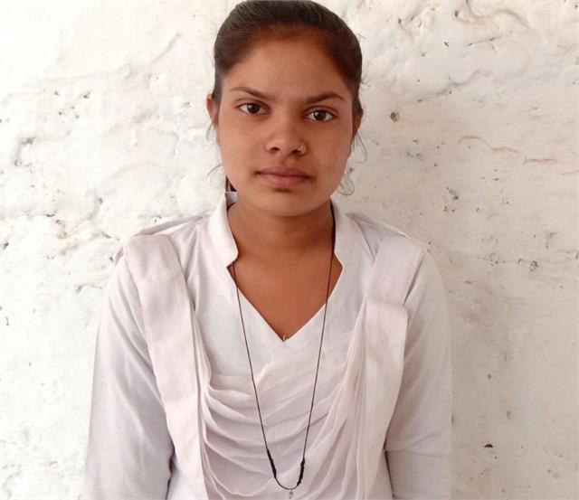'मासिक चक्र में शर्म या डर की कोई बात नहीं' 17 साल की रवीना Covid-19 महामारी में भी फैला रही जागरूकत