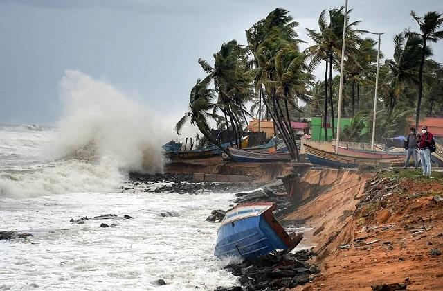 clone tauktae hit coastal areas of goa