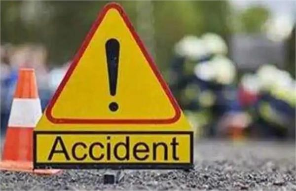 muzaffarnagar truck and car face to face collision with 3 youths