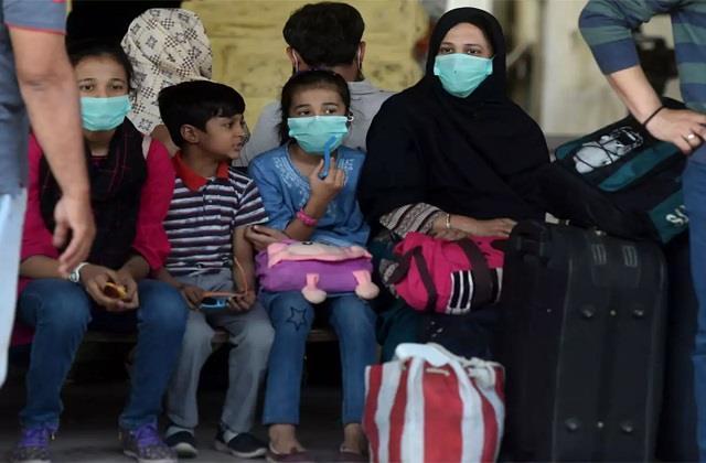 over 3k pakistani children contracted covid in april alone