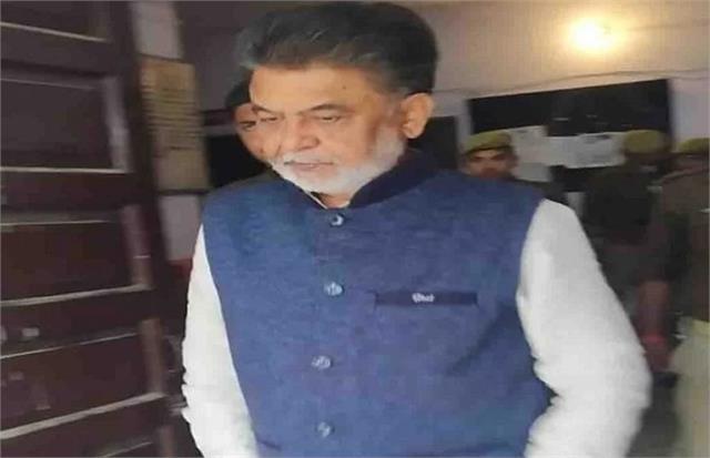 sp mlc kamlesh pathak imprisoned in agra jail 15 lakhs for health facilities
