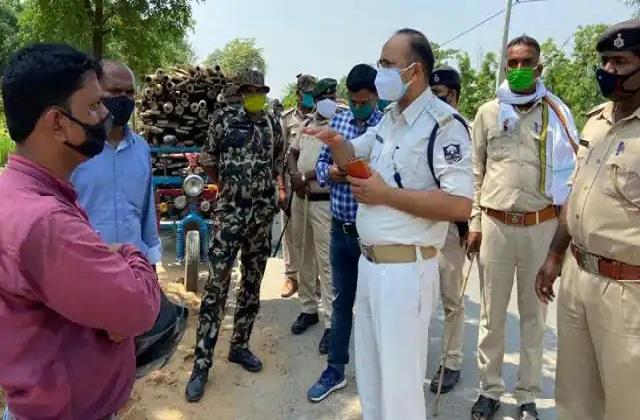criminals looted rs 17 lakh from scribe of bike agency in broad daylight