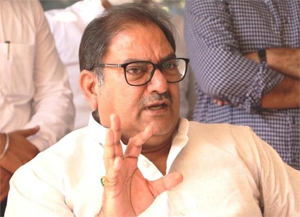 congress and bjp leaders speak something else in haryana abhay