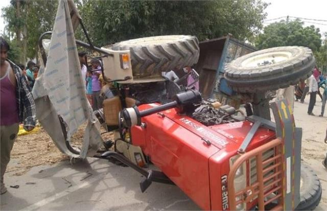 tragic road accident in pilibhit 3 women died due to high speed tractor trolley