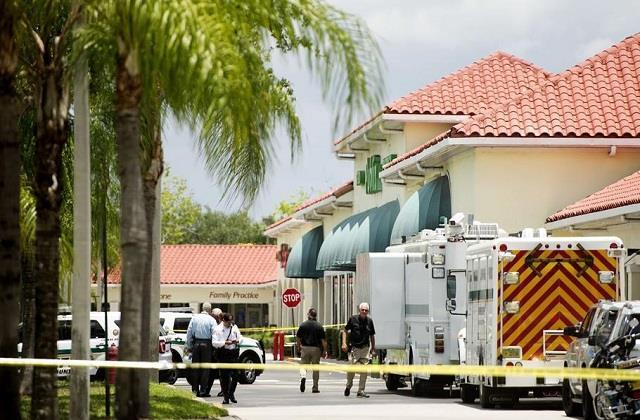 gunman kills two in florida supermarket