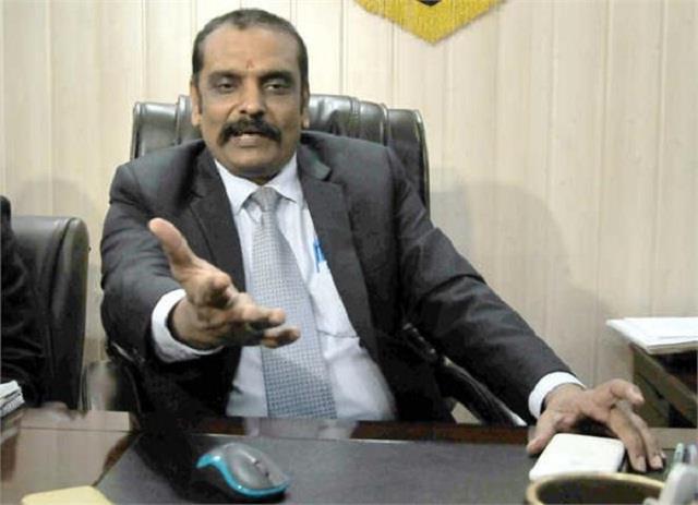 kunwar vijay pratap may join aam aadmi party on monday
