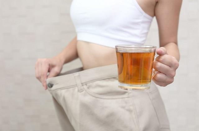 सोने से पहले पीएं यह Healthy Drink, महीनेभर में कम हो जाएगा Belly Fat