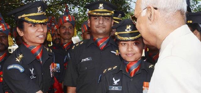 महिला सशक्तिकरण: दो महिला आर्मी ऑफिसर लड़ाकू पायलटों के रूप में हुईं सिलेक्ट