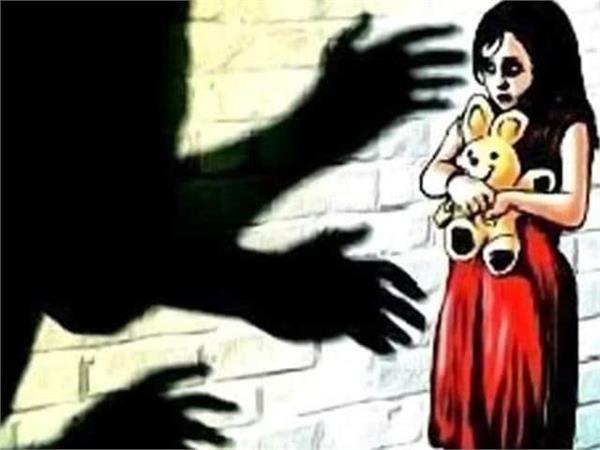 5वीं में पढ़ने वाली मासूम के साथ दरिंद्रगी, नाबालिकों ने वीडियो देखकर किया बलात्कार