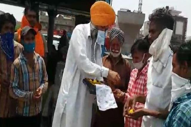 congress leader distributed laddus on jaipal jassi encounter
