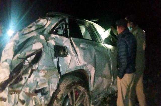 death of tourist in car accident