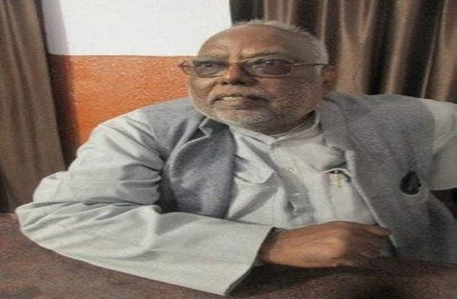 former bjp mp attacked hemant government