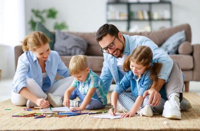 बच्चों के साथ आपके रिश्ते को मजबूत बनाएगी ये Indoor Activities