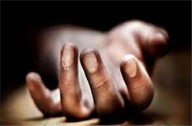 buxar old farmer working in the field dies due to electrocution