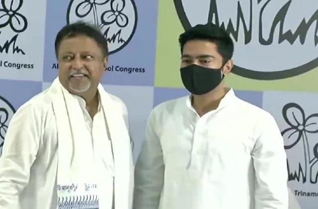 mukul roy preparing to leave bjp and go back to tmc