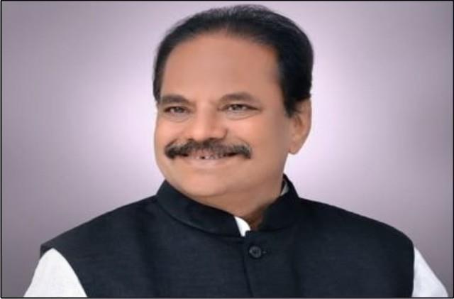 bjp leader targets shiv sena on crop insurance issue