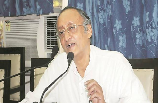 west bengal finance minister amit mitra made allegations