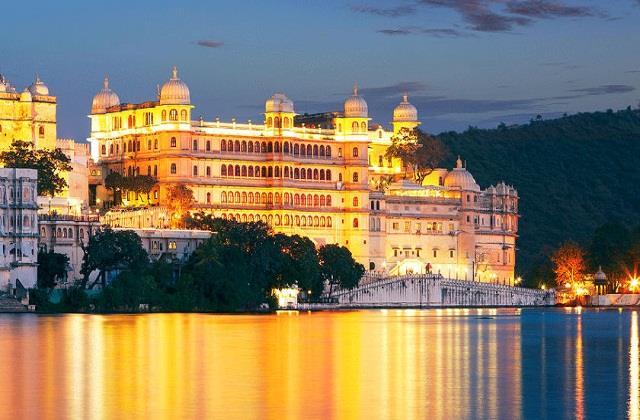 उदयपुर में है विश्व की दूसरी सबसे लंबी दीवार, जानें The City of Lakes से जुड़ी रोचक बातें