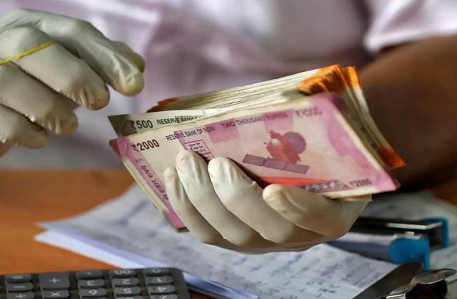 assocham seeks wage support interest subsidy for industries