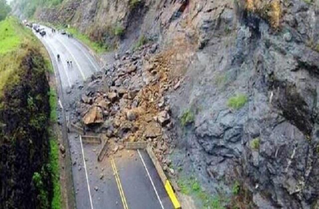landslide destroyed gangotri national highway