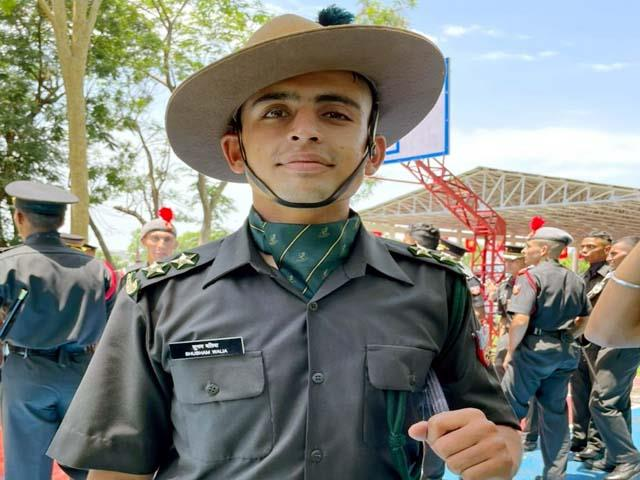 thanpuri s shubham became a lieutenant in the army