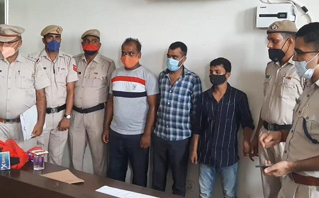 three accused arrested in 24 hours for stealing rs 36 lakh from atm machine