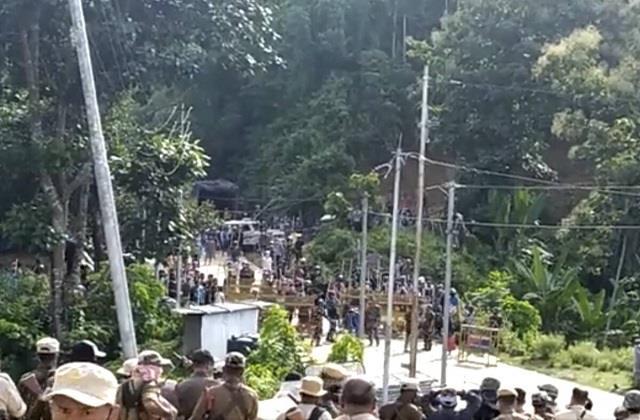 bloody clash  over border dispute  in assam and mizoram