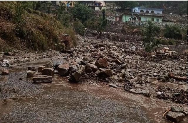 jammu and kashmir cloud bursts in kishtwar