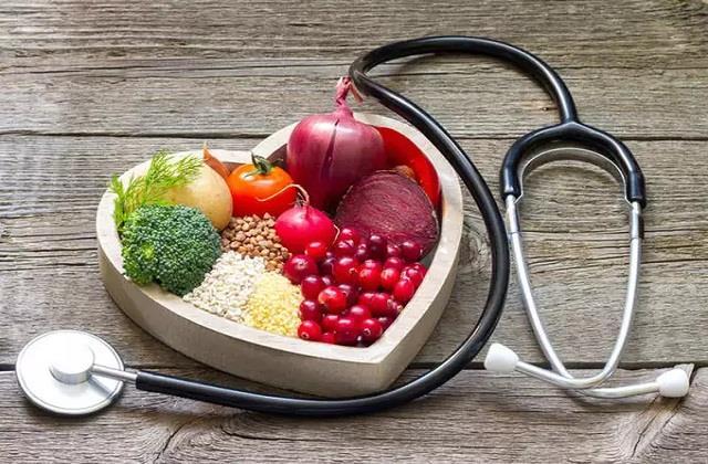 Health Tips: दिल को स्वस्थ रखेगी ये चीजें, आज से ही करें सेवन