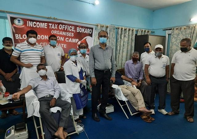 organized blood donation camp in regional offices of income tax department