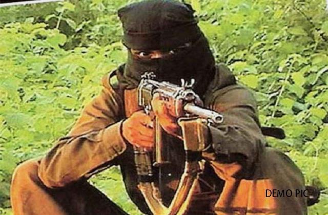 naxalite bounty of 15 lakh was killed in a fierce encounter in gumla