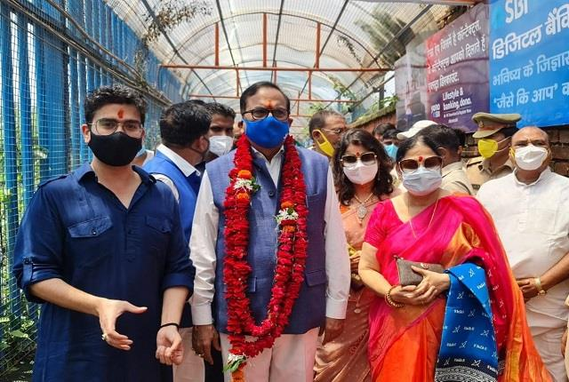bsp s national general secretary arrives in ayodhya