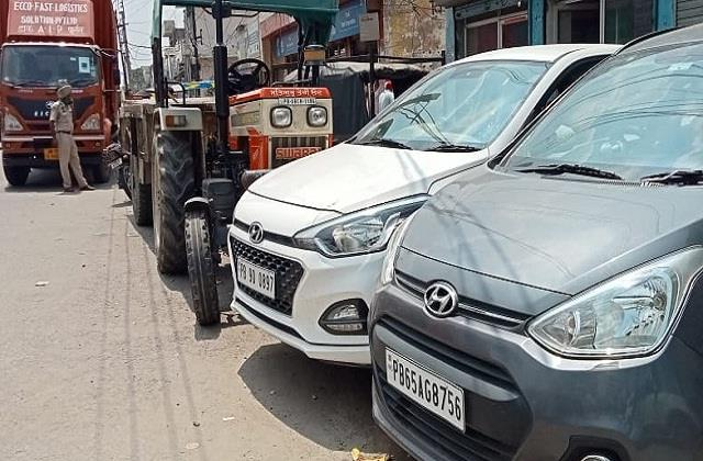 jalandhar huge collision in canter tractor trolley panic in the area