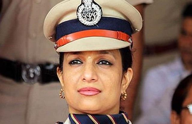 why ig bharti arora wants to leave ips job ten years ago