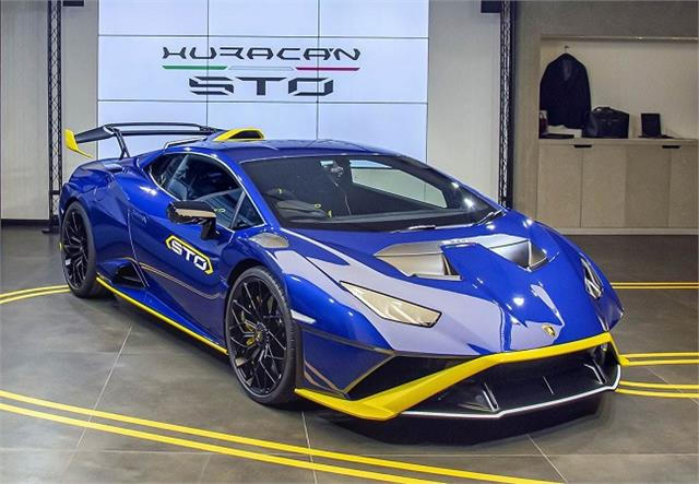 lamborghini huracan sto launched in the indian market priced at rs 4 99 crore