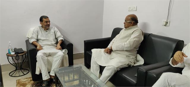 k c tyagi meets upendra kushwaha