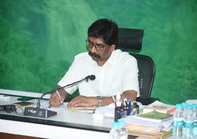 hemant soren will hand over appointment letters to 12 players on august 3