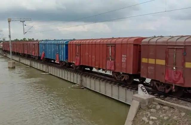 trains start operating on darbhanga samastipur rail section
