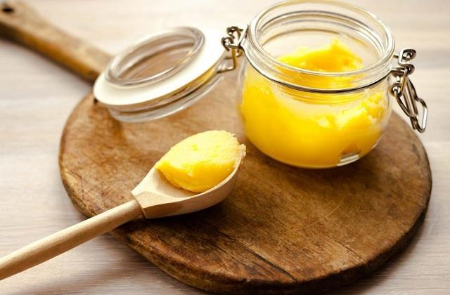 Desi Ghee में मिलाएं ये चीजें, बढ़ेगा स्वाद और सेहत को मिलेंगे कई फायदे