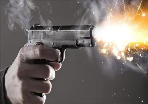 30 year old doctor shot himself with revolver in jamshedpur