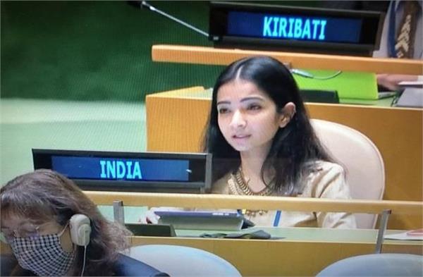 अफसर बिटिया स्नेहा दुबे पर भारत को गर्व, पूरी दुनिया के सामने पाक को लगाई लताड़