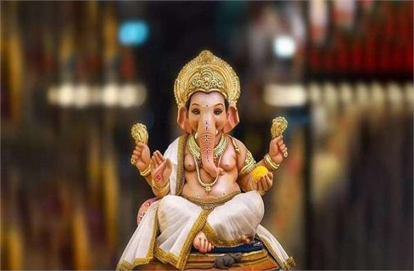 Ganesha Chaturthi पर मूर्ति खरीदते समय इन बातों का रखें ध्यान, तभी मिलेगा पूरा फल