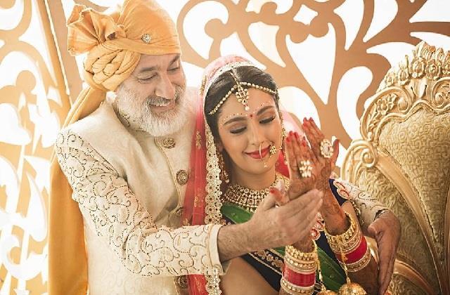 Daughters Day: शादी से पहले ही पिता अपनी लाडली को सिखाए ये बातें