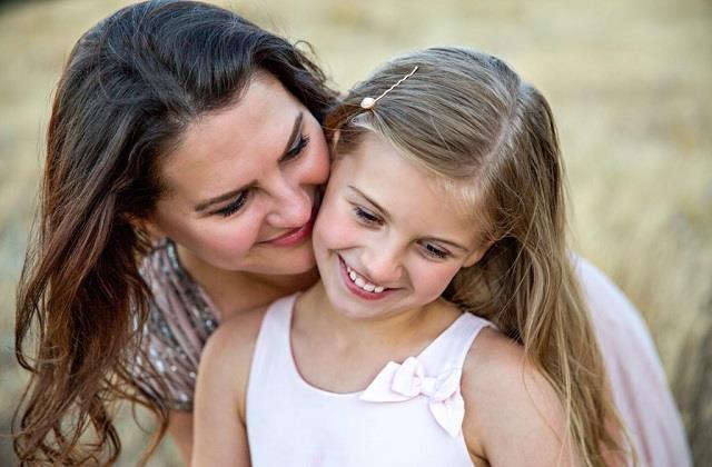 बेटियां बोझ नहीं, मां-बाप का होती हैं मान